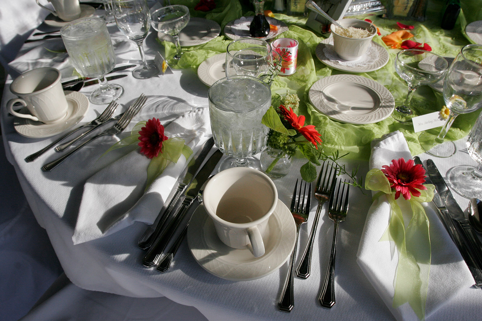 Ohio University Inn Table Setting